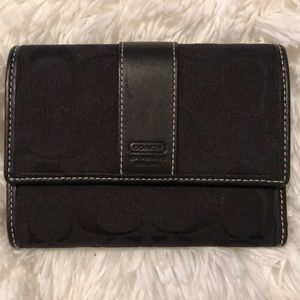 Coach Signature C Trifold Canvas Leather Wallet
